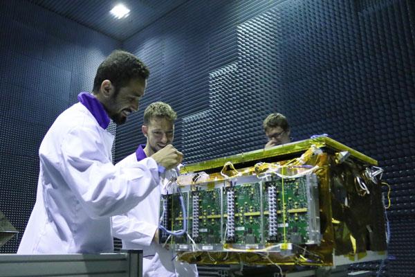 Budowa satelity Iceye-X1
