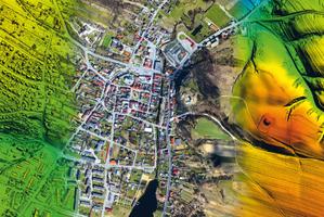 Numeryczny model pokrycia terenu, ortofotomapa i numeryczny model terenu z systemu załogowego