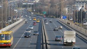 Warszawa: Przetarg na obsługę geodezyjną inwestycji drogowych <br /> fot. JP