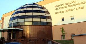 UMK w Toruniu poszukuje adiunkta z wykształceniem geodezyjnym