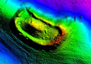 Dane ISOK i zobrazowania satelitarne w badaniach archeologicznych na Pomorzu <br /> Przykładowy numeryczny model grodziska wczesnośredniowiecznego ? Kurowo, stan. 1. Dane z pomiarów ALS ? zasób ISOK (oprac. MGGP Aero)