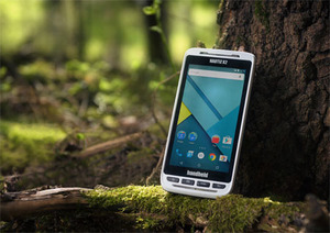 Nowy pancerny smartfon Handhelda