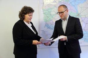 Zastępca GGK wybrany <br />G. Kierznowska i wiceminister IB T. Żuchowski (fot. MIB)