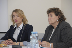 Apel o normalność w geodezji <br />P.o. GGK Aleksandra Jabłonowska i p.o. zastępcy GGK Grażyna Kierznowska
