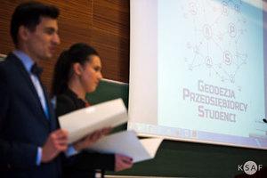 Przedsiębiorcy i studenci spotkali się ponownie na AGH <br /> fot. Maciej Bernaś