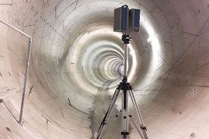 WPG zeskanowało tunele metra <br /> Skaner został zainstalowany na statywie z podnoszoną głowicą, dzięki czemu możliwe było umieszczenie instrumentu w osi tunelu (na wysokości 2,70 m od dna)