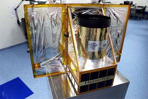 O polskiej platformie satelitarnej na seminarium CBK PAN <br /> fot. Creotech Instruments