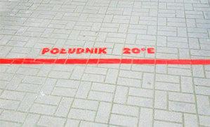 W Krakowie wyznaczono południk 20 st. E <br /> fot. HPK/Fb