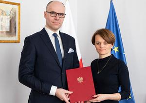 PAK ma nowego szefa <br /> P.o. prezesa PAK Michał Szaniawski i minister przedsiębiorczości i technologii Jadwiga Emilewicz