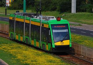 Poznań uwalnia dane o lokalizacji autobusów i tramwajów <br /> fot. Wikipedia/Dawid Skonieczka