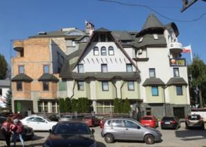 Ważna nowelizacja Prawa budowlanego w Dzienniku Ustaw <br /> Hotel Czarny Kot - jedna z najsłynniejszych samowoli w Warszawie (fot. Panek/Wikipedia)