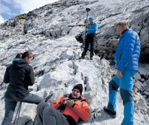 Dokumentacja otworów jaskiń <br /> Zdjęcie ze zbioru uczestników wyprawy