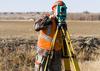 Z życia regionów: przez geodetę wybudowali się na posesji sąsiada