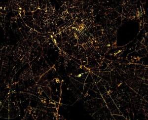 Zdjęcia satelitarne o bardzo wysokiej rozdzielczości w ofercie CloudFerro <br /> Nocne zdjęcie Rzymu