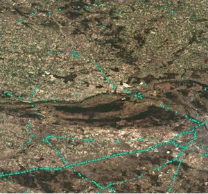 Zobacz, jak Sentinel-2 pomaga monitorować ruch drogowy <br /> Ciężarówki wykryte w okolicach Warszawy (fot. ESA, Sentinel-2 data processed by EuroDataCube)