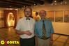 <b class=pic_title>Autorzy wystawy: kartograf Paweł Weszpiński (z lewej) i dr Ryszard Żelichowski, historyk, wieloletni badacz dziejów rodziny Lindleyów</b> <br /> <br /> <b class=pic_author>fot.  Anna Wardziak</b><br /> <br />