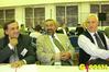 <b class=pic_title>Spotkanie po latach. Absolwenci Akademii Górniczo-Hutniczej w Krakowie (od lewej): KrystianWachowski (OPGK Opole), Wojciech Matela (prezes GIG), Ryszard Rachwał (świadczy usługi geodezyjne w... Londynie)</b> <br /> <br /> <b class=pic_author>fot.  Jerzy Przywara</b><br /> <br />