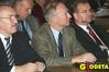 <b class=pic_title>Silna ministerialna ekipa: od lewej Jerzy Kul (Ministerstwo Infrastruktury), Ryszard Preuss, Janusz Dygaszewicz (obaj GUGiK), z tyłu Jerzy Kozłowski (Ministerstwo Rolnictwa)</b> <br /> <br /> <b class=pic_author>fot.  Jerzy Przywara</b><br /> <br />