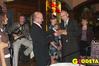 <b class=pic_title>Nagrodę Targów GEA 2005 przyznano firmie TPI z Warszawy za tachimetr Topcon GPT-7000i. Statuetkę wręcza organizator imprezy Jacek Smutkiewicz</b> <br /> <br /> <b class=pic_author>fot.  Marek Pudło</b><br /> <br />