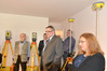 <b class=pic_title>Otwarcie nowego biura firmy Geoline</b> <br /> <br /> <b class=pic_description>Wśród zaproszonych gości byli prof. Zdzisław Adamczewski, Włodzimierz Kędziora (sekretarz generalny SGP) oraz Ewa Sawicka (SGP)</b> <br /> <br /> <b class=pic_author>fot.  Katarzyna Pakuła-Kwiecińska</b><br /> <br />