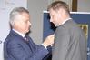 <b class=pic_title>Bałtycki Kongres Geodezyjny</b> <br /> <br /> <b class=pic_description>Adam Augustynowicz (z prawej), wiceprezes OPEGIEKA Elbląg, został odznaczony honorową odznaką za zasługi dla województwa warmińsko-mazurskiego; z lewej: przewodniczący sejmiku woj. warmińsko-mazurskiego Piotr Żuchowski</b> <br /> <br /> <b class=pic_author>fot.  Damian Czekaj</b><br /> <br />