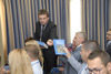 <b class=pic_title>Nowoczesne technologie w prowadzeniu PODGiK</b> <br /> <br /> <b class=pic_description>Każdy z uczestników konferencji otrzymał II wydanie książki pt. Dobre praktyki udziału gmin i powiatów w tworzeniu infrastruktury danych przestrzennych w Polsce</b> <br /> <br /> <b class=pic_author>fot.  Jerzy Królikowski</b><br /> <br />