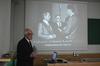 <b class=pic_title>Jubileusz 85-lecia prof. Zbigniewa Sitka</b> <br /> <br /> <b class=pic_description>Ciekawie ilustrowane było również wystąpienie okolicznościowe prof. Adama Linsenbartha</b> <br /> <br /> <b class=pic_author>fot.  fot. Andrzej Wróbel i Andrzej Kmieciński</b><br /> <br />