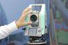 <b class=pic_title>Intergeo 2019: tachimetry i odbiorniki GNSS</b> <br /> <br /> <b class=pic_description>Tachimetr Nikon XF w nowej wersji HP (High Precision). Jak sama nazwa wskazuje, wyróżnia go podwyższona dokładność pomiaru - 1 mm + 1 ppm</b> <br /> <br /> <b class=pic_author>fot.  Jerzy Królikowski</b><br /> <br />