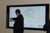 <b class=pic_title>Intergeo 2018: różności</b> <br /> <br /> <b class=pic_description>Ciekawy przykład realizacji idei smart city - internetowy portal w technologii firmy Esri prezentujący dane przestrzenne dotyczące ruchu drogowego w Kolonii. Wykorzystuje nie tylko dane urzędowe, ale także wpisy z Twittera</b> <br /> <br /> <b class=pic_author>fot.  Jerzy Królikowski</b><br /> <br />