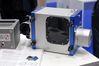 <b class=pic_title>Intergeo 2018: fotogrametria</b> <br /> <br /> <b class=pic_description>Chińska firma SureScan próbuje wkroczyć na rynek skanerów laserowych dla UAV - tu widzimy model Sky Lark. Pod względem parametrów daleko mu jednak od elity. Waży ponad 7 kg i mierzy z dokładnością 20 cm z pułapu maksymalnie 300 metrów</b> <br /> <br /> <b class=pic_author>fot.  Jerzy Królikowski</b><br /> <br />