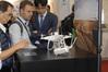 <b class=pic_title>Intergeo 2018: drony</b> <br /> <br /> <b class=pic_description>Popularny wśród amatorów chiński producent dronów DJI chce zawojować także rynek geodezyjny. Dowodem jest popularny wirnikowiec Phantom 4 w wersji z odbiornikiem RTK. Cena: 7800 euro</b> <br /> <br /> <b class=pic_author>fot.  Jerzy Królikowski</b><br /> <br />