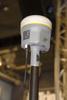 <b class=pic_title>Trimble R10 ? ten niewielki odbiorniczek RTK mieści w sobie antenę, wi-fi, radiomodem, modem GSM, elektroniczną libelę oraz różnorodne specjalistyczne technologie pomiarowe</b> <br /> <br /> <b class=pic_author>fot.  Jerzy Królikowski</b><br /> <br />