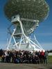 <b class=pic_title>XXXVII Olimpiada Wiedzy Geodezyjnej i Kartograficznej</b> <br /> <br /> <b class=pic_description>Nauczyciele - opiekunowie olimpijczyków pod 32-metrowym radioteleskopem na wycieczce w Centrum Astronomii Uniwersytetu Mikołaja Kopernika w Piwnicach </b> <br /> <br /> <b class=pic_author>fot.  ze zbiorów ZSB w Bydgoszczy</b><br /> <br />