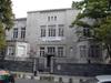 <b class=pic_title>Wrzesień 2008 r., wejście do głównego budynku przy ul. Sandomierskiej</b> <br /> <br /> <b class=pic_author>fot.  JP</b><br /> <br />