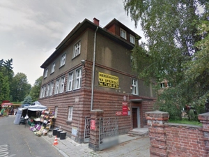 Przegląd lokalnej prasy: o rzekomym mobbingu w prudnickiej geodezji <br /> fot. Google Street View
