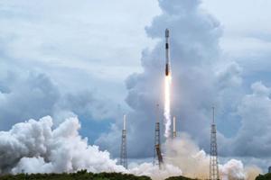 Nowe satelity ICEYE na orbicie <br /> Start rakiety Falcon 9 z satelitami ICEYE, 30 czerwca (fot. SpaceX via Exolaunch)