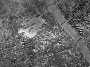 Zdjęcia lotnicze wojennej Warszawy w zbiorach Muzeum Powstania Warszawskiego