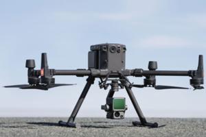 Era lasera! Skaner DJI Zenmuse L1 dla dronów <br /> DJI Matrice 300 RTK ze skanerem Zenmuse L1