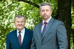 Przekazanie pałeczki w Geokart-International <br /> Łucjan Pietluch i Sebastian Skalski (fot. DC)