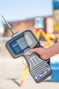 Spectra Geospatial prezentuje nowe oprogramowanie polowe i kontroler