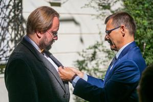 Paweł E. Weszpiński odznaczony medalem Gloria Artis <br /> Fot. Tomasz Kaczor, Muzeum Warszawy